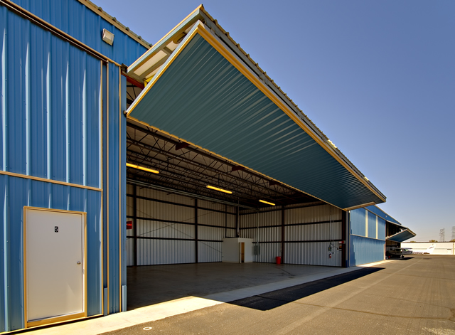 Schweiss Doors On Steel Buildings For Agriculture Industrial Or Aviation